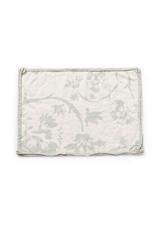 Alabama chanin floral placemat with ruffle 1