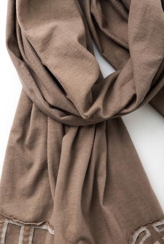 Alabama chanin embroidered cotton scarf 3
