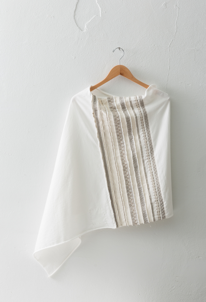 The school of making variegated stripe poncho