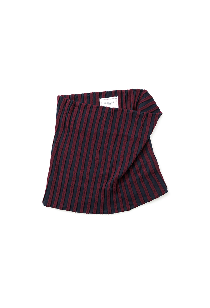 The striped rib stole   chunky rib   navy plum   28173   august 2018   abraham rowe 5