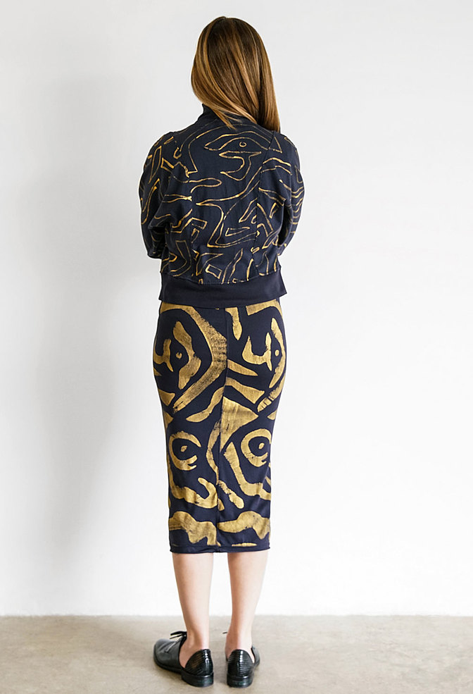The rib skirt   straight rib skirt   figures   hand painted   navy   styled   28870   ac 39   february 2019   rinne allen 1