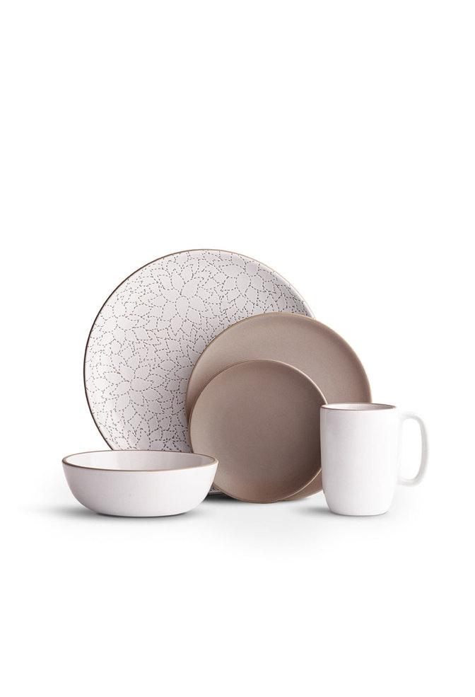 Heath ceramics alabama chanin camellia etched dinner plate1