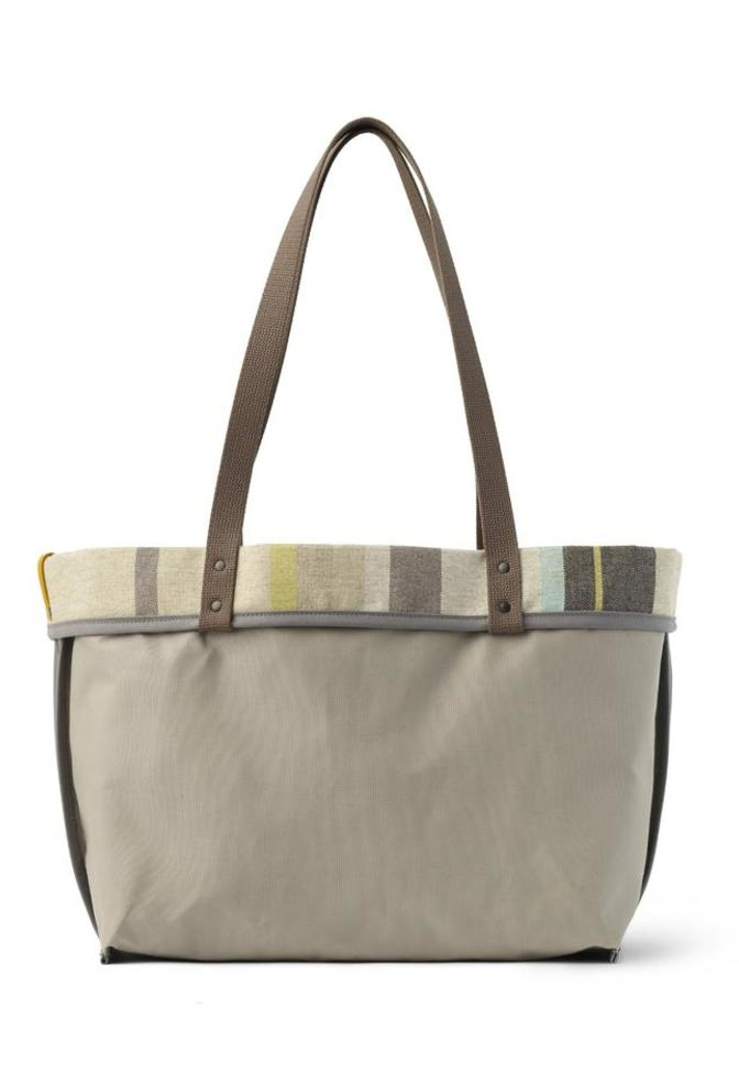 Hs 202 128 linen large reversible tote in cape cod stripe alt3 945x