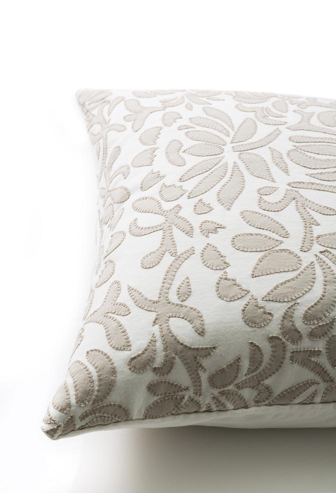 The school of making annas garden pillow diy sewing kit 3