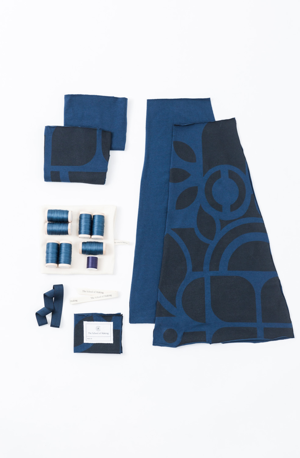 The school of making embroidered swing skirt diy kit